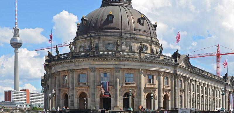Das Bodemuseum auf der Museumsinsel ist eines der 5 großen Museen