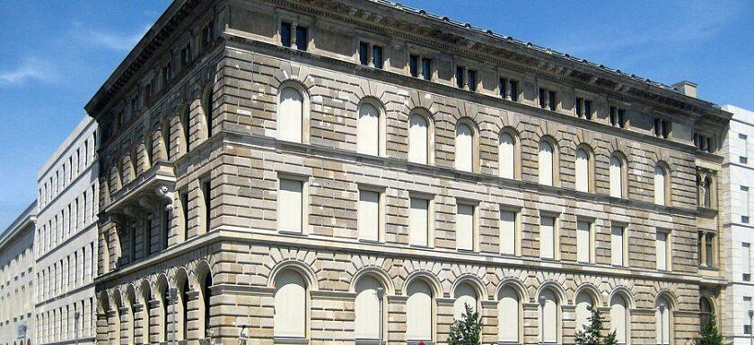 Das Gebäude der ehemaligen Ritterschaftsbank in Berlin Mitte